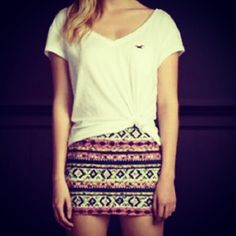 My travel escapade style idea #1: Tribal print pencil skirt and a loose white shirt, tied. :)