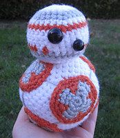 Another BB-8 Star Wars crochet pattern. Available from Melissa's Crochet Patterns on Ravelry.