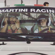 31/08/16  || #DavidGandy || Misión para @lifeandstylela capturando el momento en el cual el piloto de F1 Felipe Massa se prepara para dar una Hot Lap acompañado del top Model David Gandy abordo de un Martini Racing Heritage Lancia Delta Rally Car en el circuito de Tazio Nuvolari previo al Gran Premio de Moza @martini_official  @massafelipe19 @davidgandy_official #williamsmartiniracing #terrazamartini #thinklikeaman #lifeandstyle #monzagp2016 #formula1