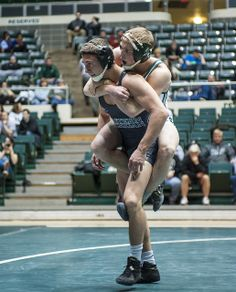 2013-14, LOGAN RIELY caught a moment of confusion in Ohio wrestling's win over Eastern Michigan.