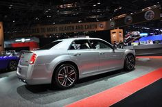 2013 Chrysler 300 Pictures/Photos Gallery - MotorAuthority