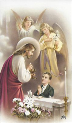 Catholic holy card: while receiving first communion, child mystic saint receives visionary visitation of Lord Jesus Christ as priest (with attendant angels). Religious Pictures, Jesus Pictures, Communion Prayer, First Communion Decorations, Boys First Communion, Vintage Holy Cards, Communion Invitations, Prayer Cards, Kirchen