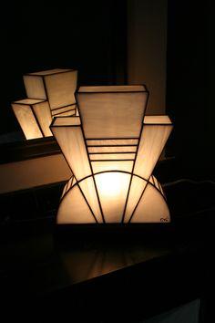 Lampe Art Déco Vitrail Tiffany Blanc Pureté : Luminaires par lumieretvitrail