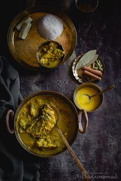 Maacher Matha diye Moong Dal (Yellow Lentils cooked with fish head) Bangladeshi Recipes, Bangladeshi Food, Bengali Food, Indian Fish Recipes, Yellow Lentils, Extra Recipe, Cooking Photos, The Last Meal, Fish Curry