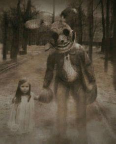 Creepy Images, Creepy Pictures, Creepy Vintage, Fnaf Wallpapers, Arte Obscura, Fnaf Characters, Photo Chat, Fnaf Drawings, Anime Fnaf