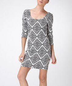 Black & White Diamond Scoop Neck Sheath Dress