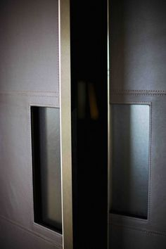 interior detailing - handle - The Netherlands / Private Residence, photo's by Paul Barbera