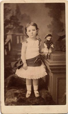 Wonderful CDV A Young Girl Named Florence Holding Her Little Doll London 1882   eBay