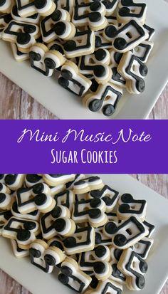 Mini Music Note Sugar Cookies #affilitate Galletas Cookies, Iced Cookies, Royal Icing Cookies, Cut Out Cookies, Cute Cookies, Sugar Cookie Cakes, Music Cakes, Cookie Recipes, Cookie Ideas