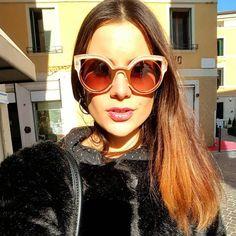 O que acha de ousar com esse Fendi Paradeyes?    #look #inspiration #Fendi #saturday #Saturdays #sabado #rosa #OticasWanny #wannynews