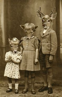 Weird photos and strange people from the past. Weird photos and strange people from the past. Strange Photos, Bizarre Photos, Weird Old Photos, Weird Family Photos, Photocollage, Arte Horror, Animal Heads, Animal Masks, Weird And Wonderful