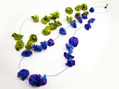 Paper necklace Liana Fresia by Ana Hagopian