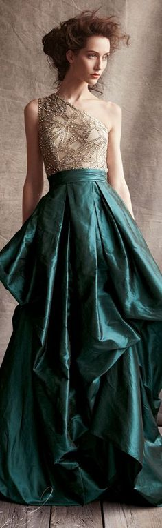 Naeem Khan One-Shoulder Beaded-Bodice Ball Gown Volumes and volumes of taffeta combined with fine beading— this is the gown fairy tales are made in. Courtesy of Naeem Khan. Couture Satin, Dress Couture, Naeem Khan, Dresses Short, Prom Dresses, Dresses 2016, Quinceanera Dresses, Bridesmaid Dress, Bridal Dresses