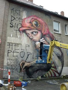 Artotale Event - Lueneburg, Germany - 2009    http://www.thevandallist.com/herakut-street-artist/