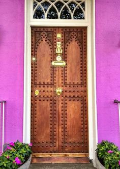 Limerick, Ireland..........I EXPECTED THIS DOOR TO BE GREEN ...