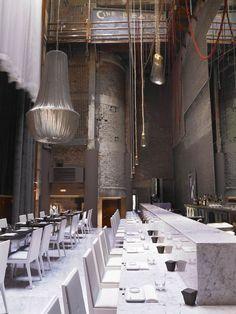 Modern Restaurant Interior and Exterior Design Ideas Design Bar Restaurant, Luxury Restaurant, Restaurant Concept, Sky Restaurant, Oriental Restaurant, Industrial Restaurant, Restaurant Lighting, Bar Interior, Interior And Exterior