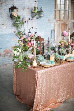 Rose gold sequin tablecloth | http://emmalinebride.com/planning/rose-gold-wedding-ideas/