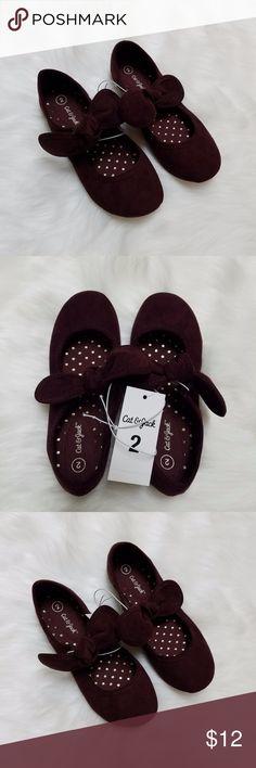 Cat & Jack burgundy bow flats Cat & Jack deep burgundy bow flats. New with tags! Girls size 2. Cat & Jack Shoes Slippers