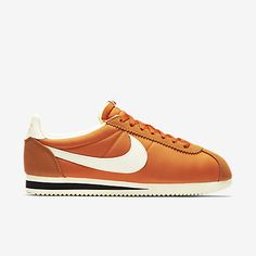 buy popular 45aff 83541 Nike Classic Cortez Nylon AW Mens Shoe