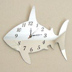 Shark Mirror Clock 36cm X 30cm sendmeamirror http://www.amazon.com/dp/B005231H8O/ref=cm_sw_r_pi_dp_yp3.ub1DW7FEF