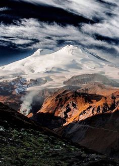 Mount Elbrus in the Caucasus Mountains in Southern Russia, near the border with Georgia. Mount Elbrus, Caucasus Mountains, Photo Colour, Travel Photos, Cool Pictures, Russia, Nature Photography, Scenery, Places To Visit
