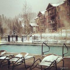 The #pool at Grand Lodge on Peak 7 in #Breckenridge, #Colorado. #heaven #breckbecause More: http://www.heiditown.com/2014/01/13/tweets-ullr-fest-adventures-breckenridge-colorado/