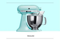 When you hear Christmas, what is the first thing that comes to mind? We would love to know! Much love KitchenAid Africa xx