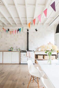 Casinha colorida: Rapidinha: bandeirinhas na decoração