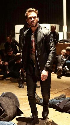 Series Movies, Tv Series, Turkish Fashion, Turkish Actors, Best Actor, Bambam, Leather Jacket, Celebrities, Fictional Characters