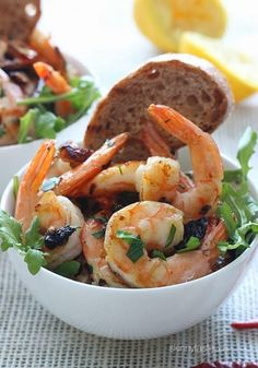 Sauteed shrimp with garlic, dried chilies and lemon juice – it