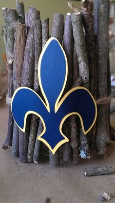 Blue and gold decoration.  Could put a candle in the middle