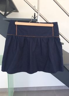 À vendre sur #vintedfrance ! http://www.vinted.fr/mode-femmes/mini-jupes/28222820-jupe-bleue-t38