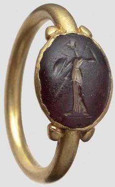 Ring mit Minerva-Gemme,   Title: römisch, 1./2. Jhdt. n. Chr.