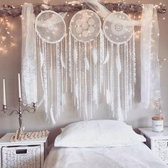 Tis the Season to Sparkle. ✨Enjoy Next day Delivery for Christmas in AU are 😱Lucky we planned ahead! Los Dreamcatchers, Diy Zimmer, Bedroom Decor, Wall Decor, Ideas Hogar, Ideias Diy, Decoration Inspiration, New Room, Bohemian Decor