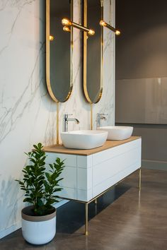 Beautiful bathroom Taps and Accessories by Grohe – You'll find it @ www.plumbitonline.co.za Modern Home Interior Design, Bathroom Taps, Basin Mixer, Bathroom Designs, Beautiful Bathrooms, Bathroom Accessories, Double Vanity, Bad, Toilet