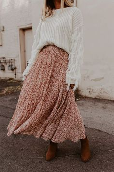 Modest Fashion 262264378287296607 - Wildest Dreams Skirt – 3 Colors – One Loved Babe Source by tyraelvira Modest Fashion, Boho Fashion, Fashion Outfits, Womens Fashion, Fashion Trends, Modest Clothing, 80s Fashion, Clothing Ideas, Fashion Logos