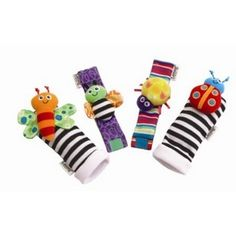 Baby Rattle Baby Toys Lamaze Plush Garden Bug Wrist Rattle And Foot Socks 4 Styles Pieces) Toys R Us, Sock Toys, Travel Toys, Barbie, Activity Toys, Sensory Toys, Baby Rattle, Baby Socks, Baby Feet
