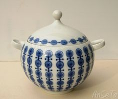 Mid century Soup Tureen in Porcelain by Mitterteich of Bavaria