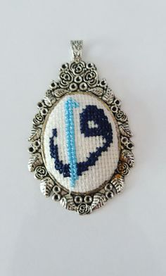 # kaneviçe - Thoughts & Ideas & Suggestions Fabric Jewelry, Pearl Beads, Embroidery Patterns, Elsa, Diy And Crafts, Cross Stitch, Brooch, Crochet, Thoughts
