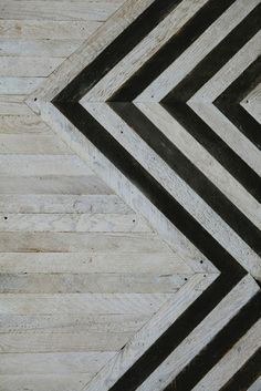 Interior design - detail - black - and - wood - floor - architecture - parquet - bois - noir - graphique Floor Patterns, Textures Patterns, Henna Patterns, Doll Patterns, Floor Design, House Design, Tile Design, Design Hotel, Design Bathroom