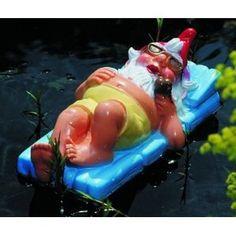 Urlaubszwerg auf Luftmatratze: Amazon.de: Garten, Gartenzwerg, Zwerg, Gnom, Gartenfigur, Gartendeko, Märchen, Sieben Zwerge, dwarf, garden gnome, Dekoration,