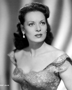 Maureen O'Hara // Hollywood Classic  Movies // One of my most favorite actresses.... I love her!!