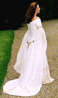 Rossetti: Pre-Raphaelite/ Medieval Alternative wedding dress based on The Accolade Blair-Leighton