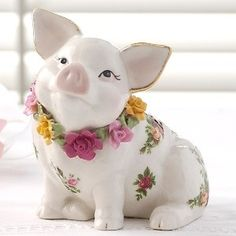 Fantastically cute, completely elegant Royal Albert Old Country Rose piggy bank (love the gold edged ears!)