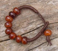 Large_brown_leather_bracelet_with_large_horn_beads1
