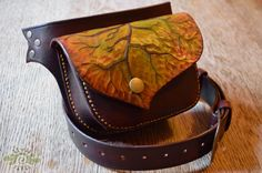 handmade leather leaf waist purse ~ tooled and painted ~ Livit Vivid
