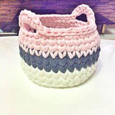 Yeni cicim #crochet #sepet #elişi #emeği #handmade #örgü #motif #knitting #craft #tasarım #granny #blanket #penyeip #crochetblanket #instamood #instacrochet #instagood #instagram #beatiful #perfect #crochetknitting #instadaily #instalove #cute#banyo #dekorasyon #goodnight #iyigeceler by yesiimbasaran