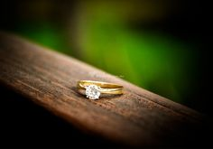 7 trucos para sacar una foto bonita a tu anillo de pedida - bodas.com.mx