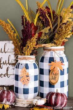 + 17 Trends you need to know dollar tree fall decor ideas diy 2018 Pot Mason Diy, Fall Mason Jars, Mason Jar Vases, Mason Jar Lighting, Painted Mason Jars, Halloween Mason Jars, Diy Mason Jar Lights, Painted Bottles, Mason Jar Projects