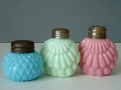 Vintage Glass Salt and Pepper Shakers by SwirlingOrange11 on Etsy on imgfave